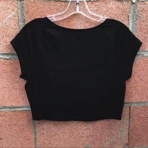 Charlotte Russe Tops - Charlotte Russe Black Zipper Crop Top